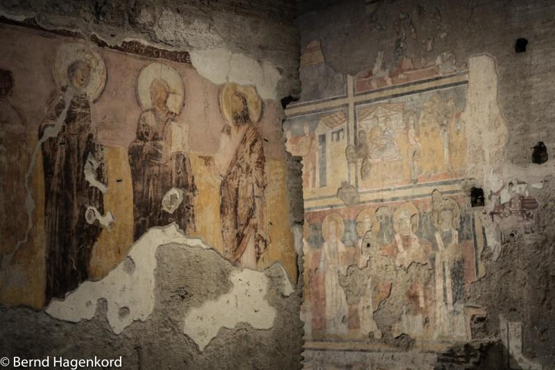 Fresken in Santa Maria Antiqua: eine der ältesten Kirchen hier in Rom