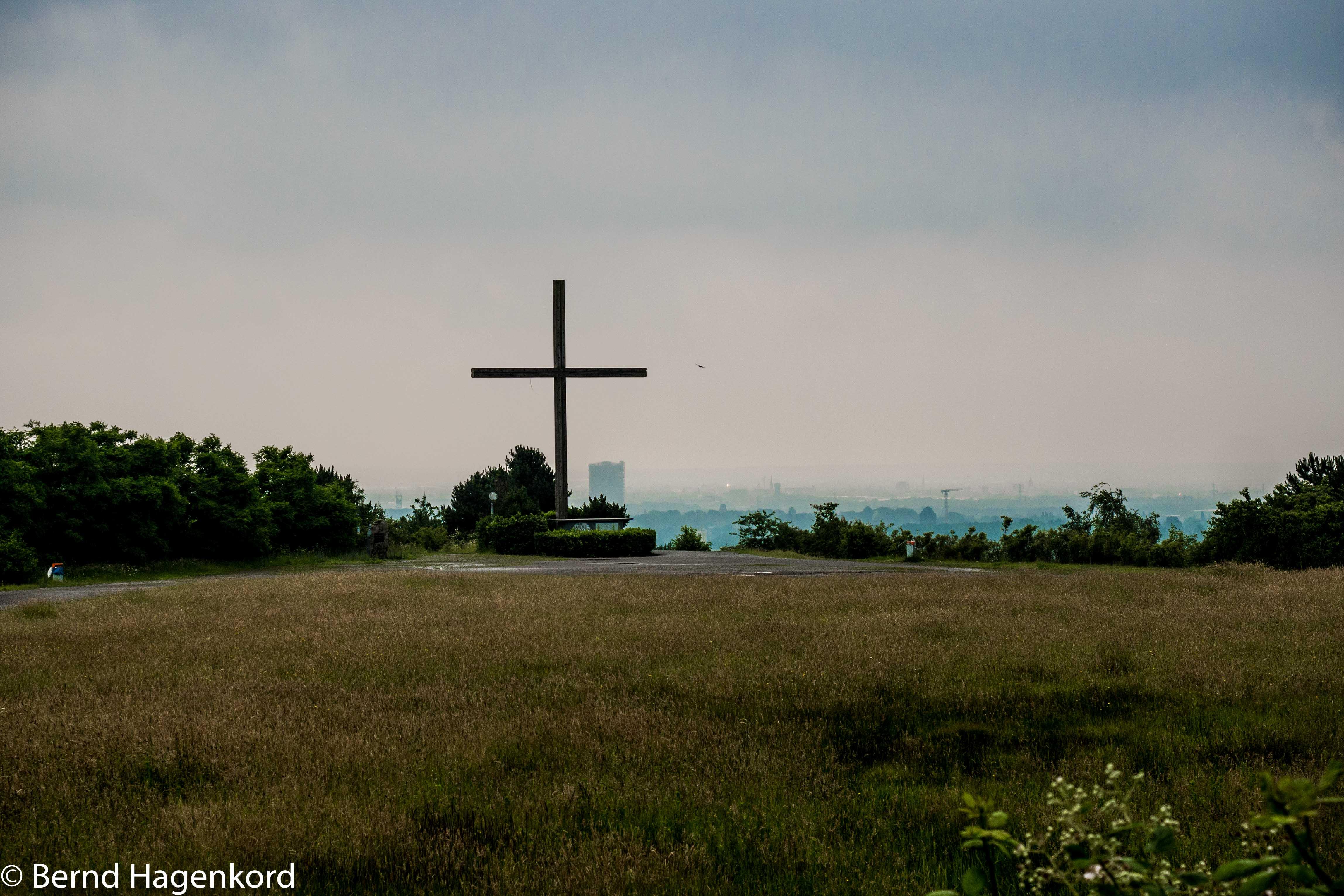 Kreuz auf der Halde: die Moderne und der Glaube