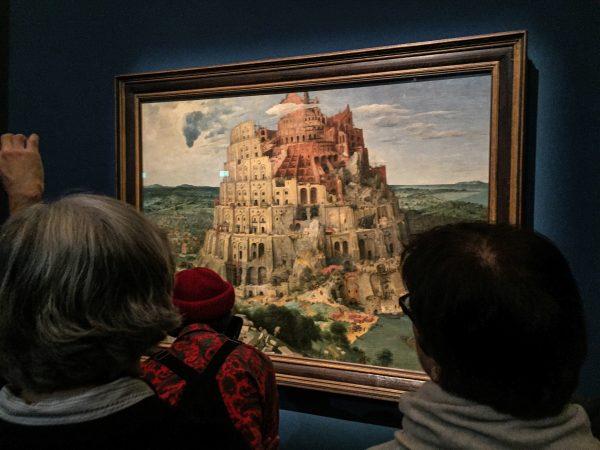 Gentechnik und Ethik: Pieter Breugels zweites Bild des Turmbaus, in der Ausstellung in Wien direkt neben dem ersten