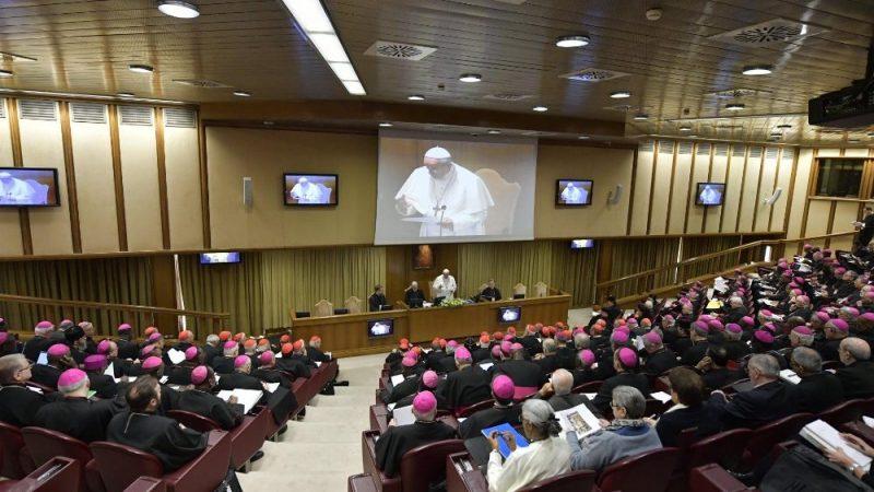 Gebet hat Kraft: Beginn der Konferenz im Vatikan